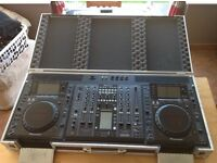 Pioneer (CDJ 2000's & DJM Mixer) Package