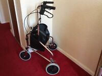 Rollator with shopping bag