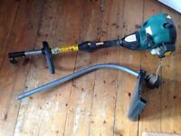 Petrol grass Trimmer in VGC. Hardly used. Extra line included.