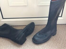 MOTORCYCLE BOOTS SIZE 8