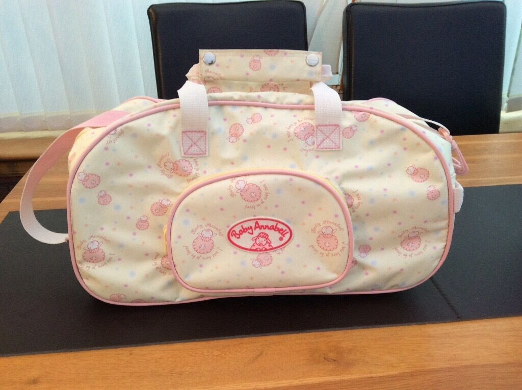 Baby Annabell Carry Bagin Lenzie, GlasgowGumtree - Baby Annabell carry bag ideal for transporting Baby Annabell and her clothes around. This stylish little bag is perfect for traveling with Baby Annabell and even has wheels so it can be easily pulled along. The bag is decorated with the Baby Annabell...