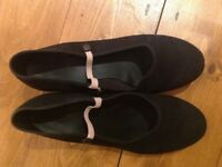 Freed of London dancing shoes size 7 (40) in black