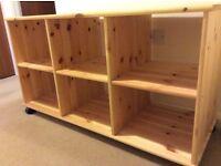 Solid wood storage rack