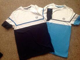 2 Sergio Tacchini t-shirts. Size S