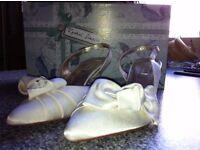 rachel simpson ivory satin slingbacks size 4