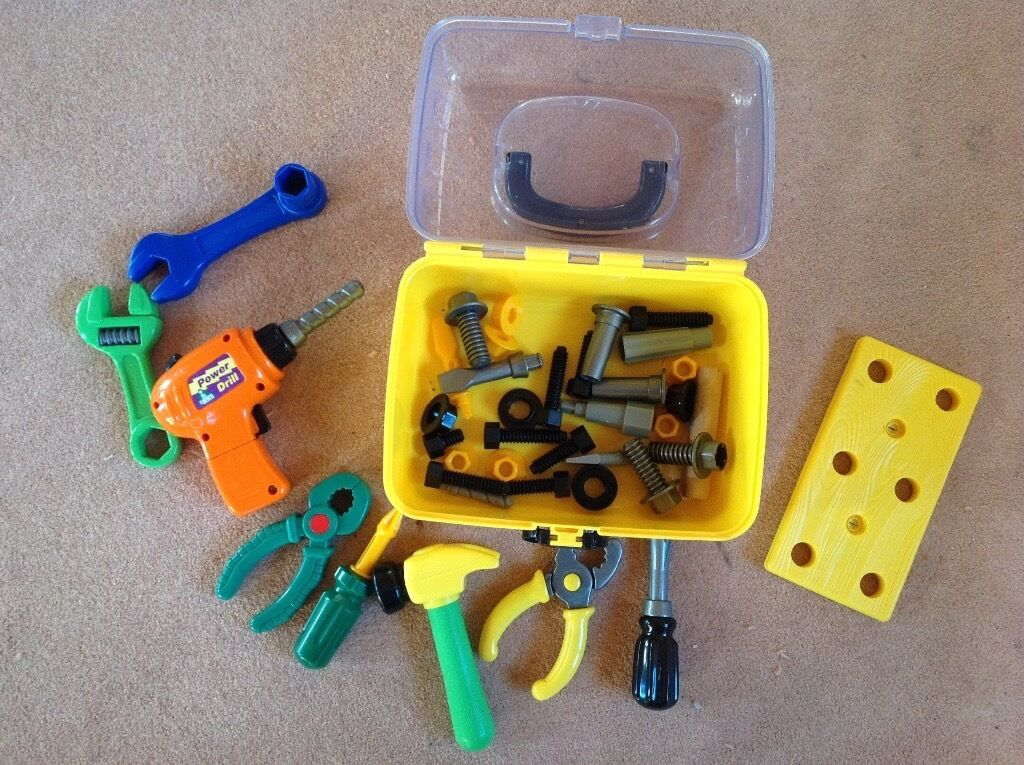 Childs play tool kit c/w box