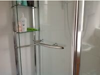 CORNER OFFSET SHOWER QUADRANT WITH OPENING DOOR