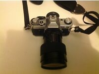 CANON AE1 FILM SLR CAMERA WITH VIVITAR 35-80MM 1:2.8 SERIES 1 LENS