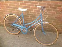 Vintage Ladies Raleigh Colette Traditional Town Bike 3 Speed