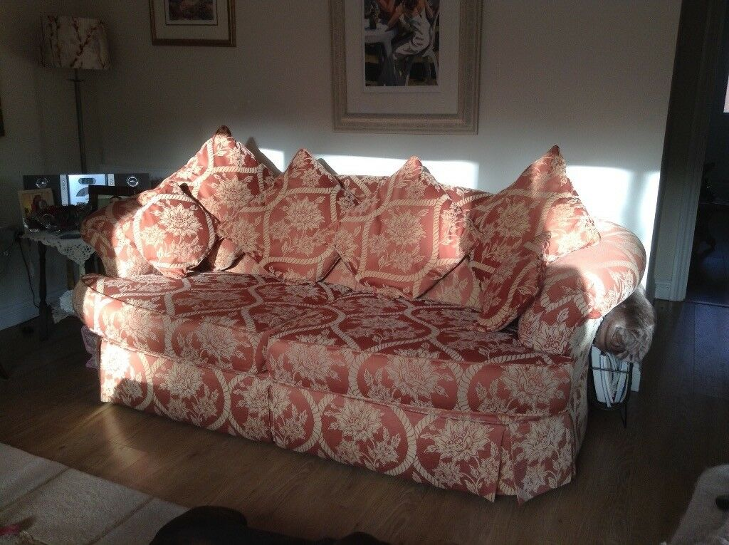 Beautiful 3 seater & 2 seater matching sofas | in Banwell ...