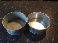 Cake tins x 2, 16 cm in diameter