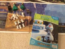Disney Frozen Fever Book With 12 Figurines & Playmat