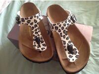 Ladies Birkenstock Sandals Size 40(7)