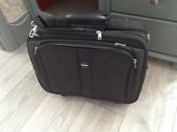"Brand new Kensington Contour Roller 17"" laptop bag"