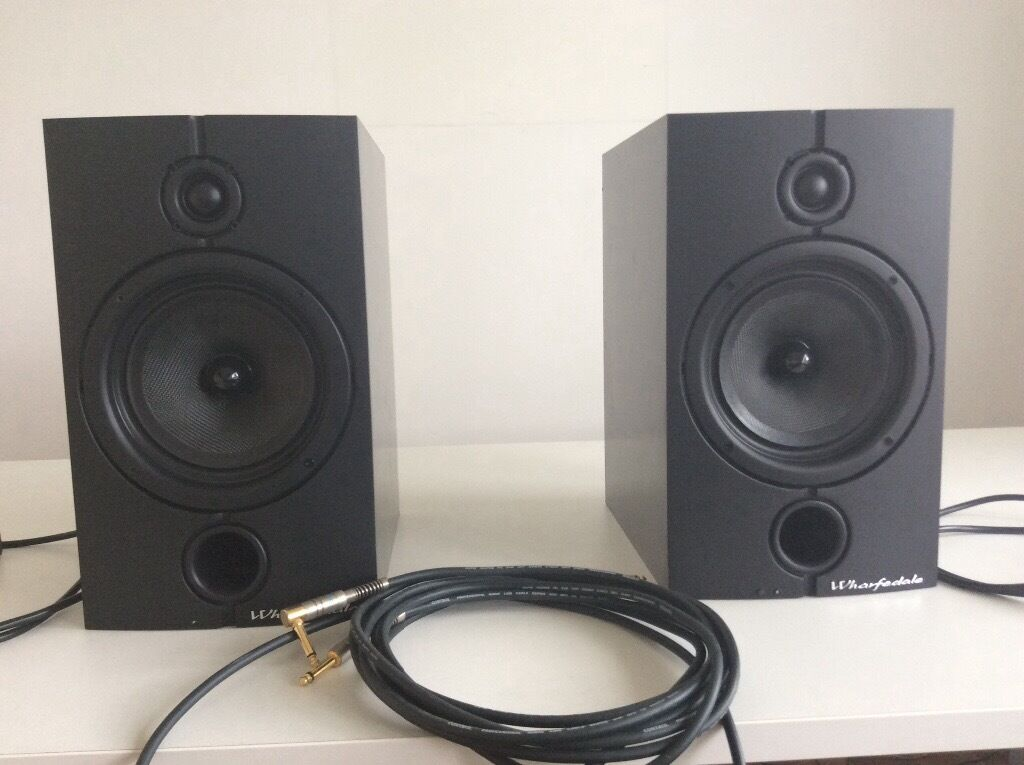 WHARFDALE 8.2 DIAMOND PRO-ACTIVE MONITOR SPEAKERS