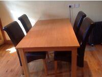 Beautiful oak veneer dining table