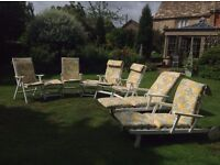 Wooden garden seating set with cushions