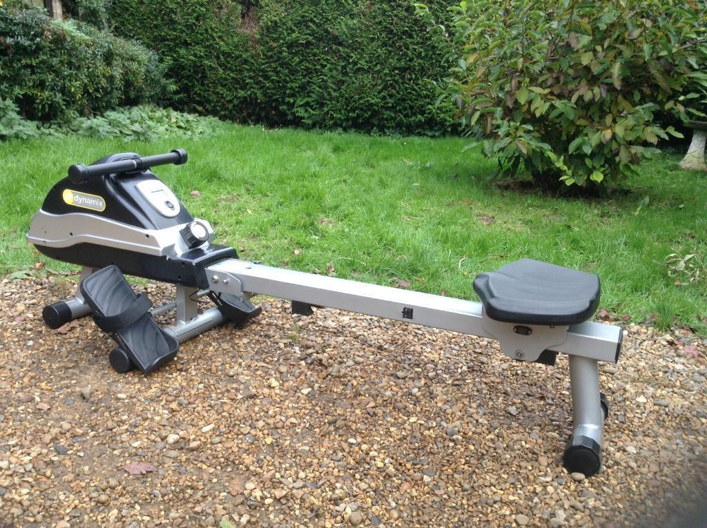 Dynamix Rowing Machine (Delivery Available)