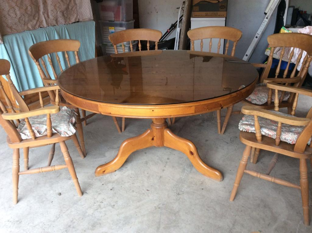 Dining Room Table With 8 Carver Chairs