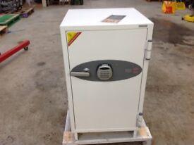 Phoenix Fire Safe FS0442E 90mins Protection 50% Off List Price !!