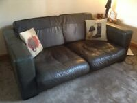 JOHN LEWIS LARGE TWO SEATER SUPERB CONDITION TOP QUALITY LEATHER VINTAG COLOUR MODERN DESIGN BARGAIN
