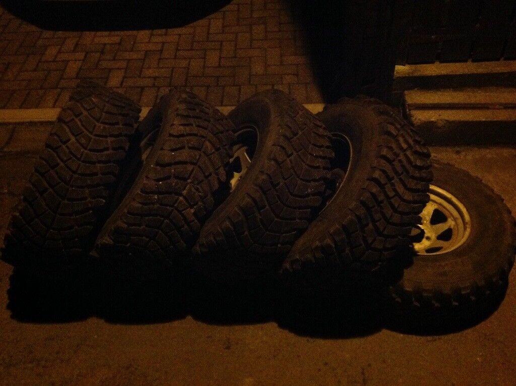 Daihatsu fourtrak wheels and tyres. 31/10.5 R15 insa turbos