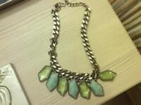 Woman's necklace from zara