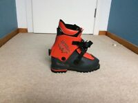 Koflach tour-extrem boots size 25.0 (fit shoe size 7 to 8)