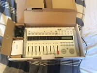 Zoom R16 Recorder/Interface/Control Surface