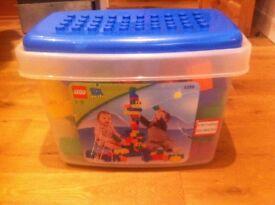 Lego Quatro box