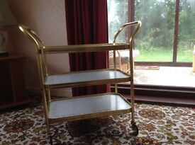 Serving trolley on wheels - very good condition