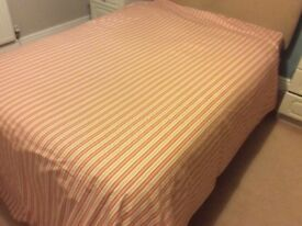 Fully lined curtains and matching bedspread