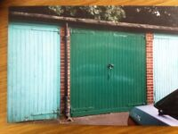 Garage to rent. Large, secure dry and walking distance to East Croydon and South Croydon stations