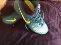 Magista football sock boots green