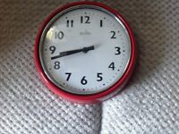 Red metal kitchen clock as new £5