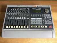 Roland VS-880 Digital Studio Multi-Track Recording Workstation with effects 8 tracks V-Xpanded