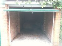 Garage to Let. Finchley N3. Close to tube. £120 pcm