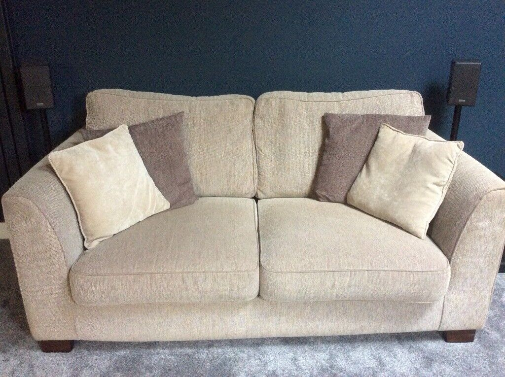 Outstanding 2 Seater Csl Fabric Sofa With Cushions In Blackburn Lancashire Gumtree Inzonedesignstudio Interior Chair Design Inzonedesignstudiocom