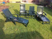 4 reclining garden chairs