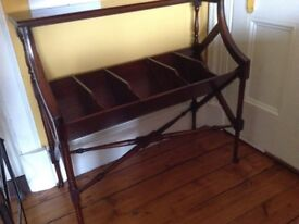 Handsome Georgian period style console