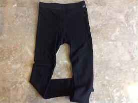 Helly Hansen thermal legs aged 10. Warm black