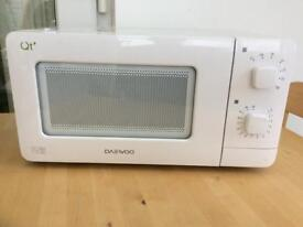 Daewoo QT1 14L 600w Compact Microwave Oven. Caravan, Student, Small Kitchen.