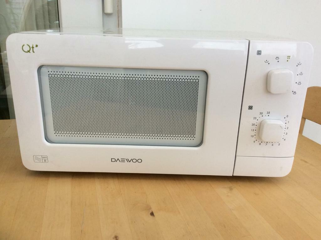 Daewoo Qt1 14l 600w Compact Microwave Oven Caravan Student Small Kitchen
