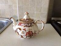 Masons Brown Velvet Teapot. Masons Mandalay Jugs.