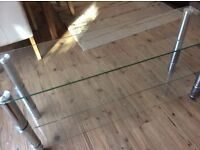 Tv glass stand in very good condition.....43ins lenght 20ins high.....£10