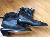 Ladies western style boots