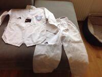 Central Taekwondo suit size 120cm