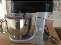 Black Kenwood K food mixer excellent condition,£110.00 hardly been used ( no offers)