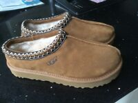 New ladies UGG slippers