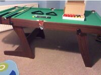 3 x 6ft folding snooker table, excellent condition, incl. 2 cues, balls, accessories. £60